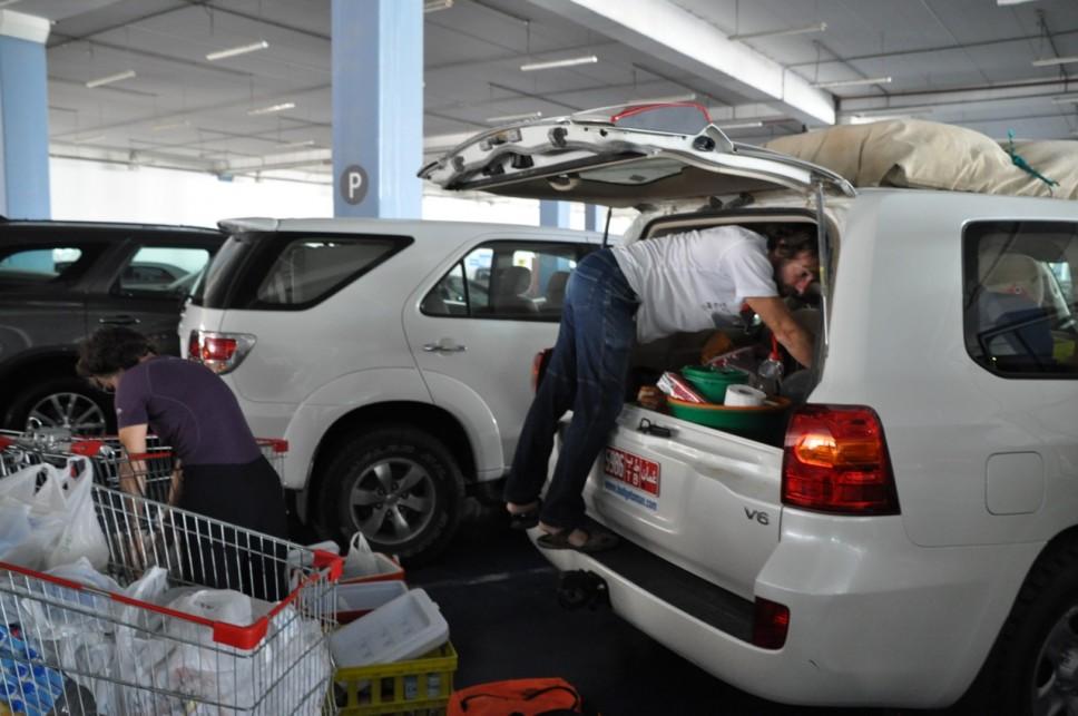 Chargement au Carrefour de Mascat